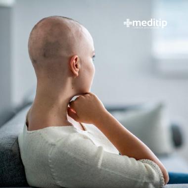 Efectos secundarios de la quimioterapia: pérdida de cabello por quimioterapia
